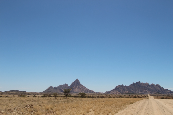 Driving up to The Spitzkoppe